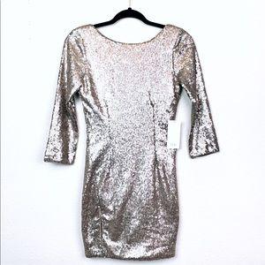 Long sleeve Gold Sequin Tobi Dress